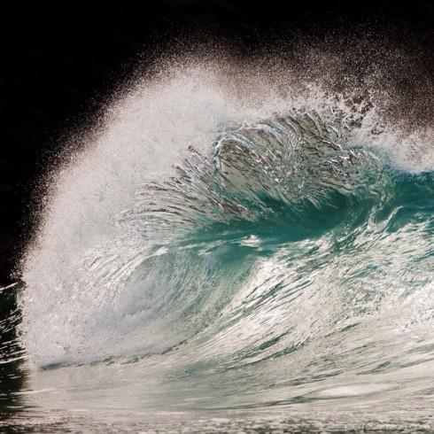 Powerful-Waves2-640x640