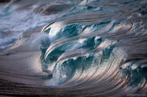 Powerful-Waves5-640x426